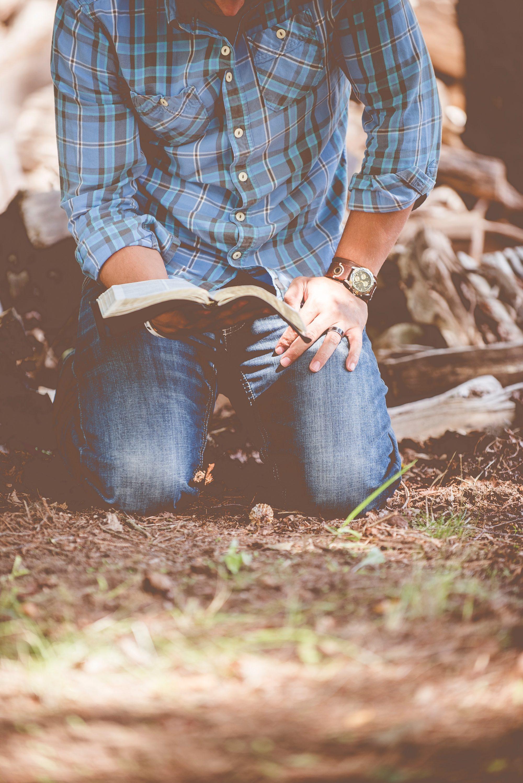 """Szkoła Biblijna – """"SĄD NAD BABILONEM"""" i kazanie """"Wierzę, pomóż niedowiarstwu memu"""""""